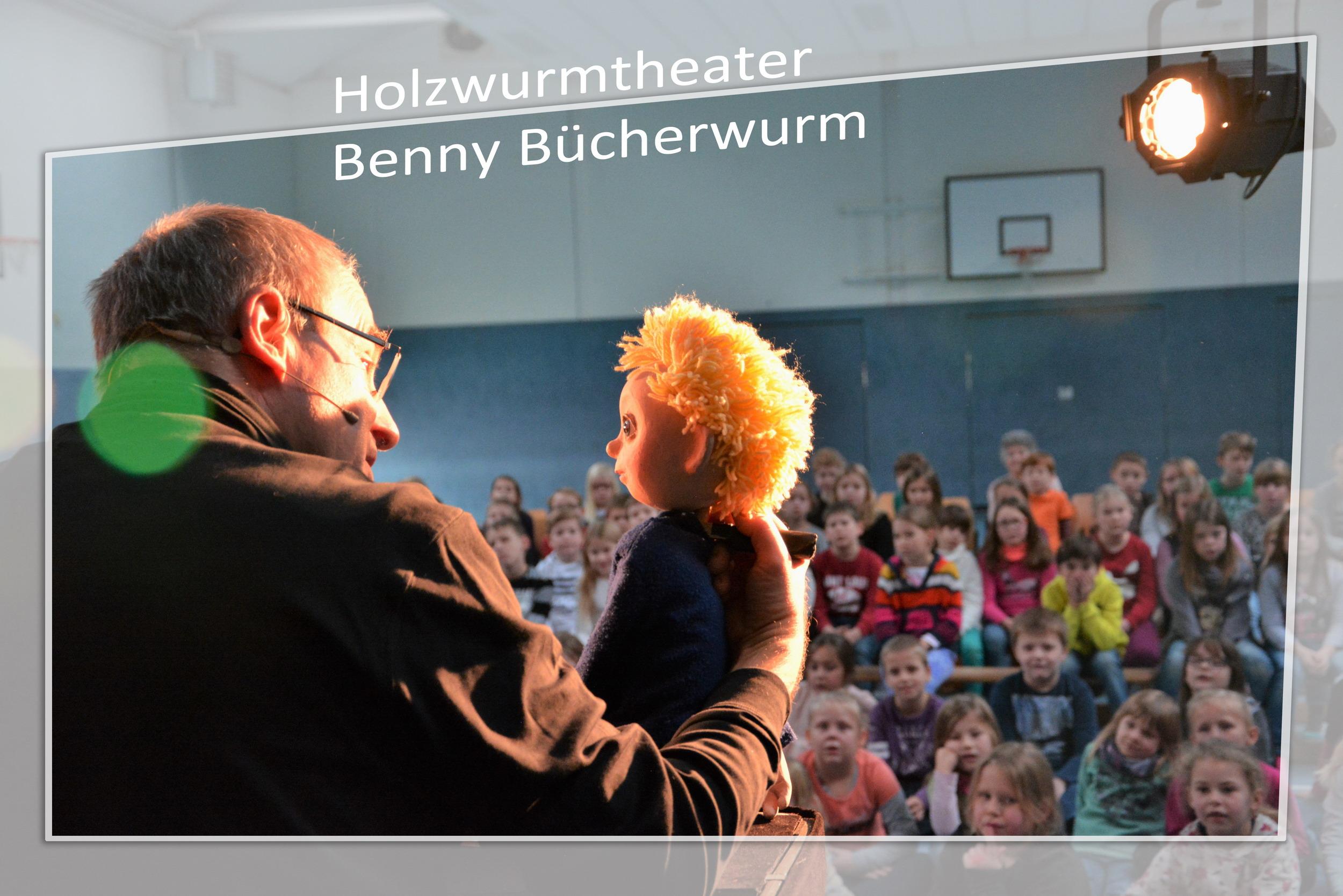 holzwurmtheater-01